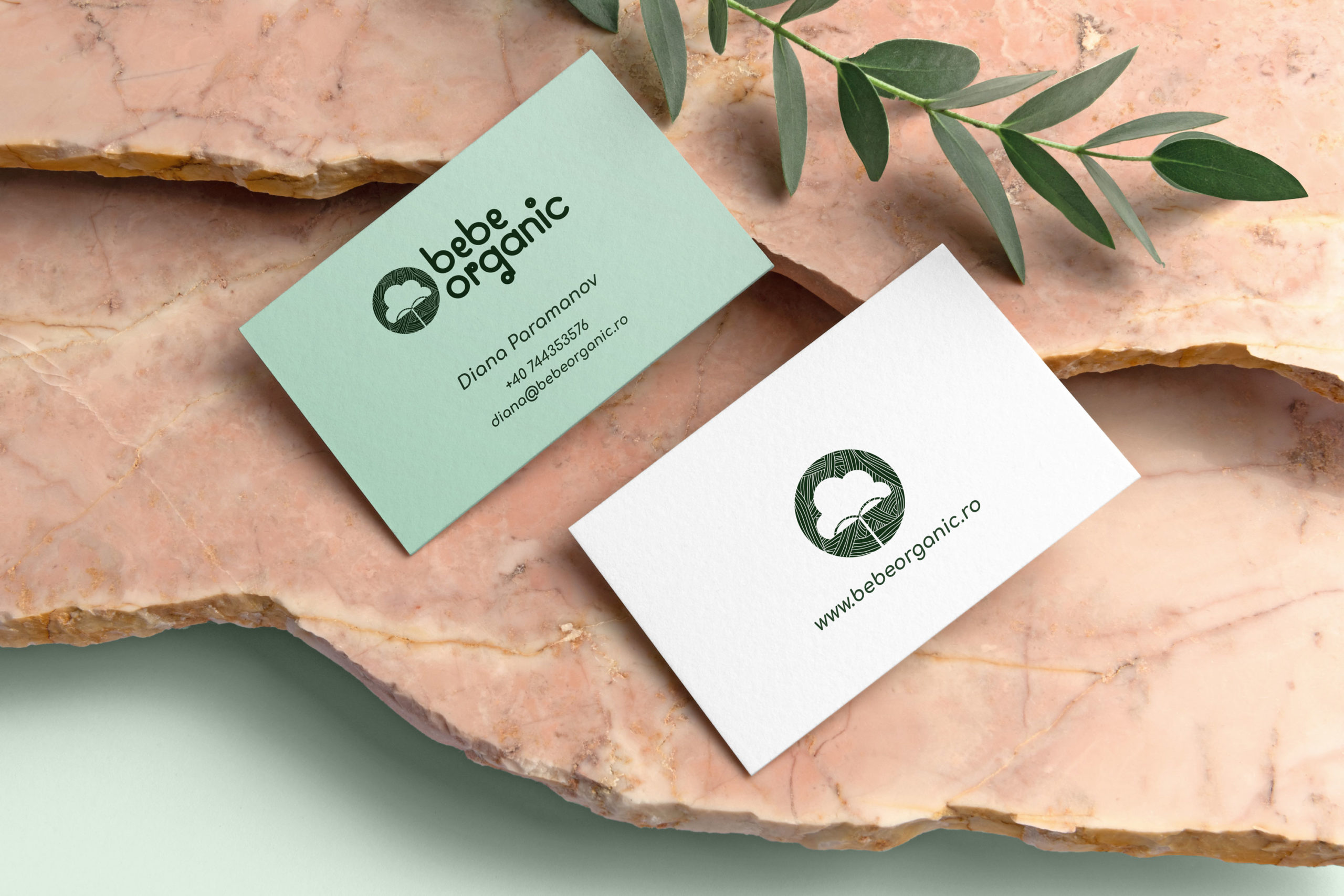 Free-PSD-Thick-Business-Cards-Mockup